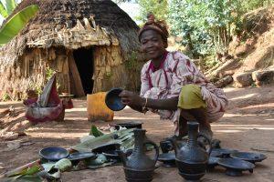 Ethiopia, A pottery making women from Dorze Village, EastAfricaTourOperator.net